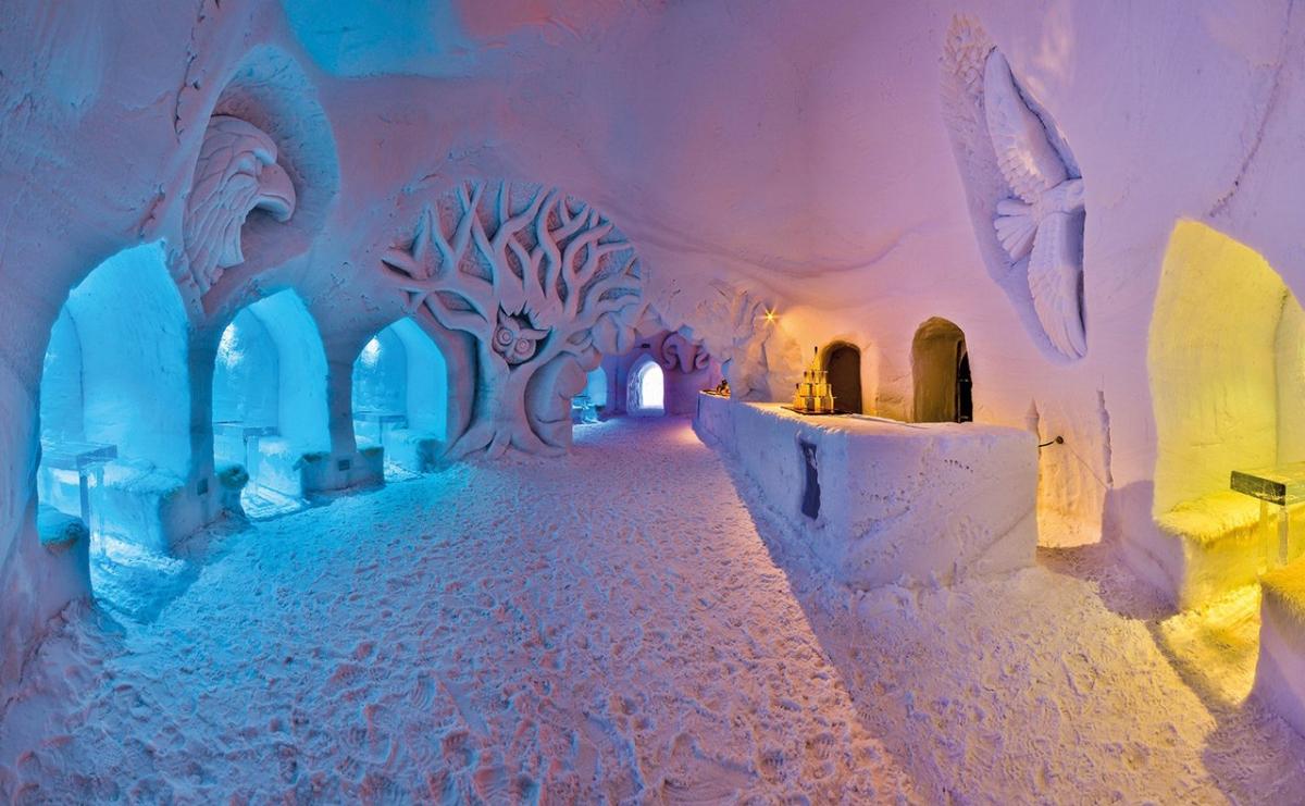 Ахорн White Lounge