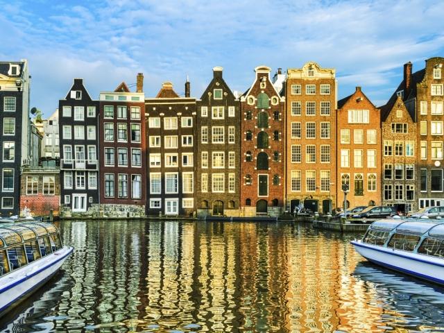 Традиционные дома Амстердам