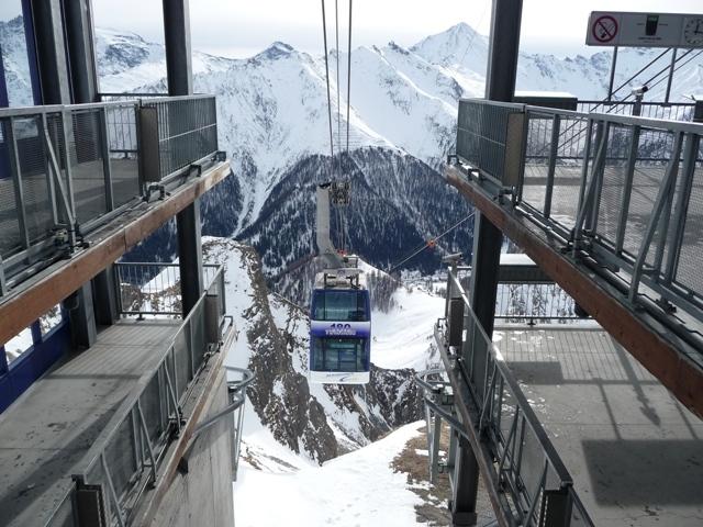 Двухэтажный лифт
